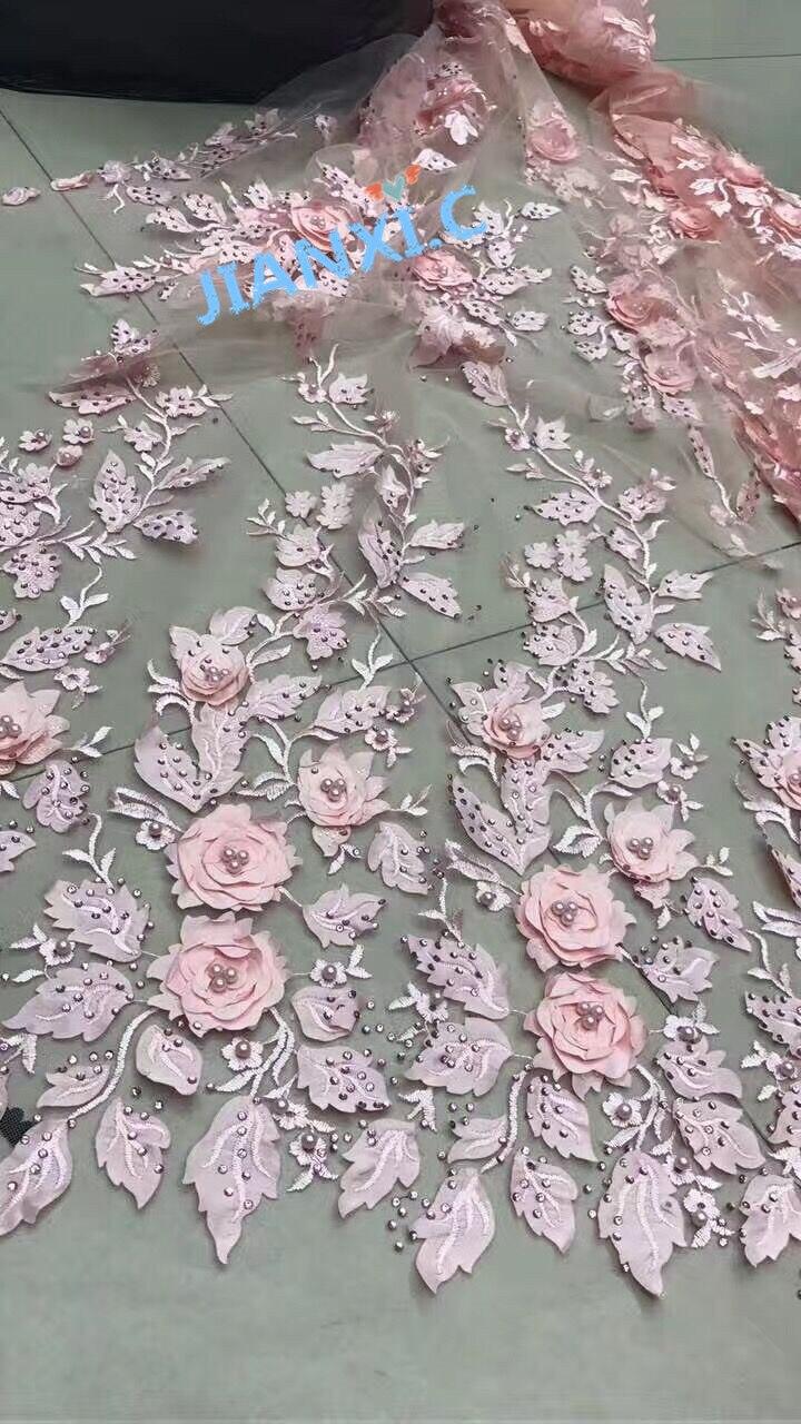 Ev ve Bahçe'ten Dantel'de Yüksek Kaliteli 3d çiçek CiCi 7925 işlemeli dantel kumaş 5 yard taşlar ve boncuk ile Afrika net Dantel Kumaş düğün elbisesi'da  Grup 1