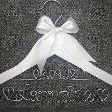 Персонализированные Свадебные вешалки, подарки невесты, имя вешалки, вешалка для платья невесты на заказ свадебный подарок белая вешалка с бантом