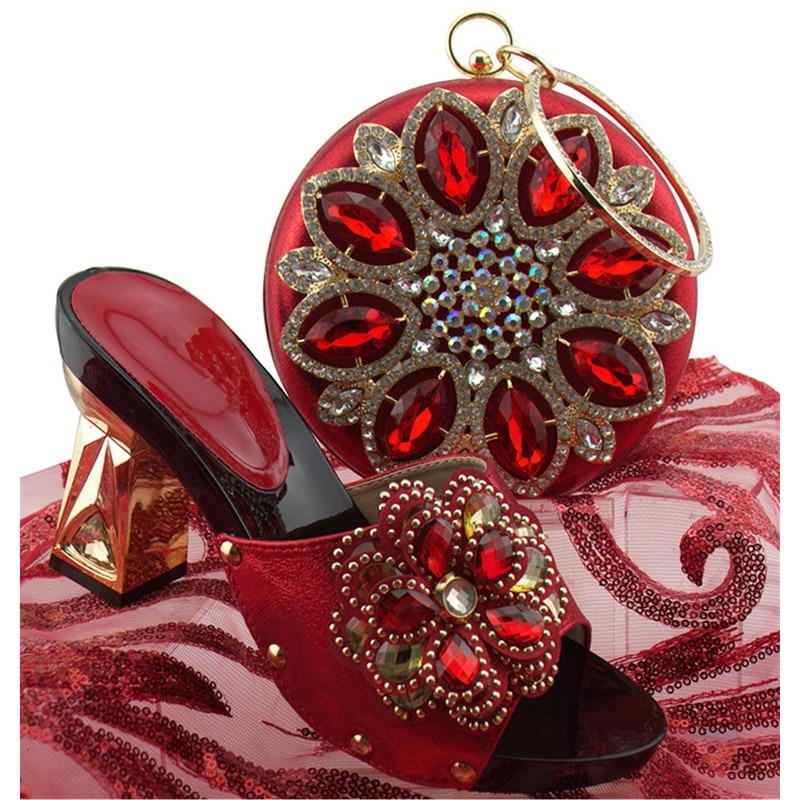 Noir rouge Designer argent Strass Décoré Luxe Assortis Sacs or Ciel De Parti Chaussures Pompes Femmes Arrivée Avec Royal 2018 Nigérian pourpre pu Et Nouvelle bleu Les Ensemble PAUgqvw