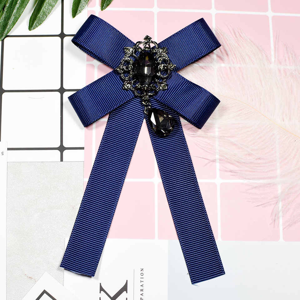Fashion Baru Kain Seni Garis Merah Hijau Biru Kain Bow Bros Pin Ikatan Simpul Brocade Dasi Kupu-kupu Bros untuk Wanita Pakaian Aksesoris