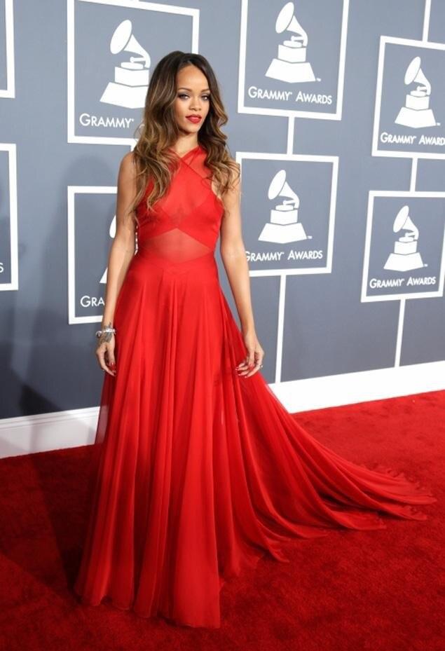Rihanna Vestido Rojo Rojo Vestido Rihanna Grammy Vestido Rojo Grammy Rihanna ZwOiuPXTk