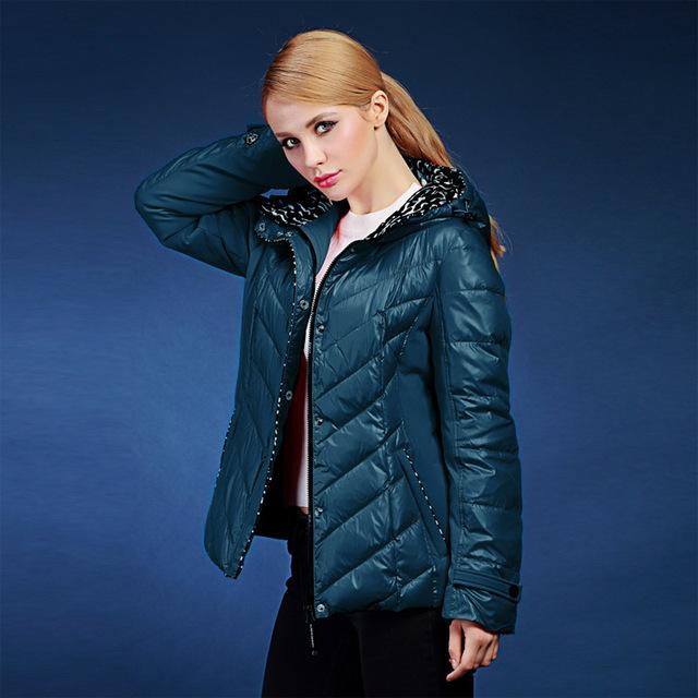 Espessamento das Mulheres jaqueta de inverno projeto curto impressão elegante Magro quente brasão Rússia e Europa plus size 46-56 VLC-V128