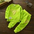 Camisa do bebê da Menina do menino 2 pcs conjunto de pano de algodão calças de pano conjunto para as crianças do bebê de manga comprida t-shirt calças de impressão do número de conjunto de pano