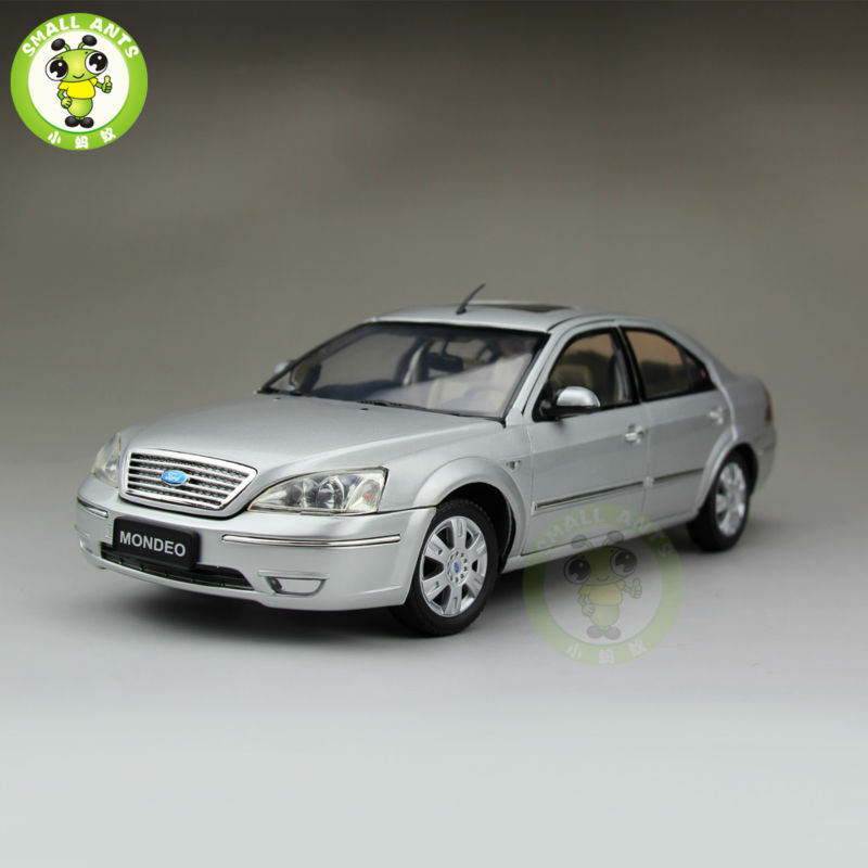 1:18 Ford Mondeo Sedan Diecast car model for collection gifts hobby Silver 2013 1 18 ford mondeo fusion diecast model car alloy model car hobby stores cars for sale aluminum die casting products