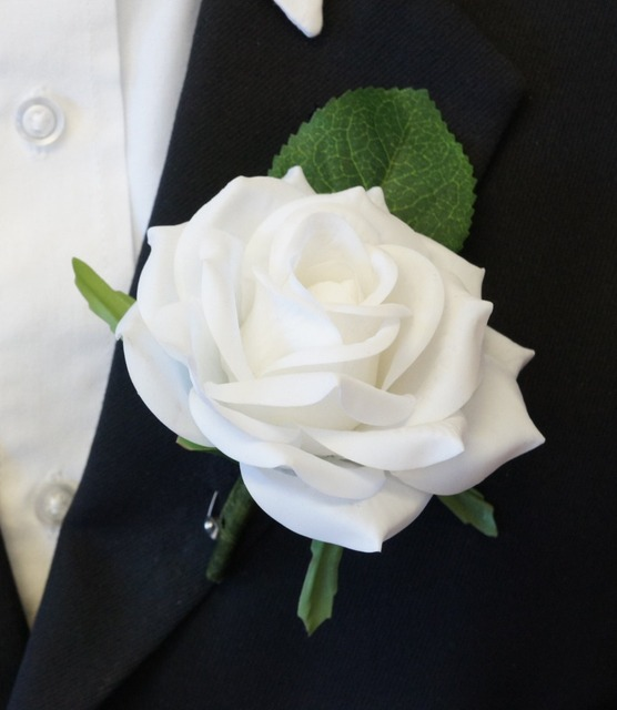 Merveilleux Wedding Party Rose Boutonnieres, Menu0027s Red White Boutonniere,real Touch Rose  For Groom Bestmen