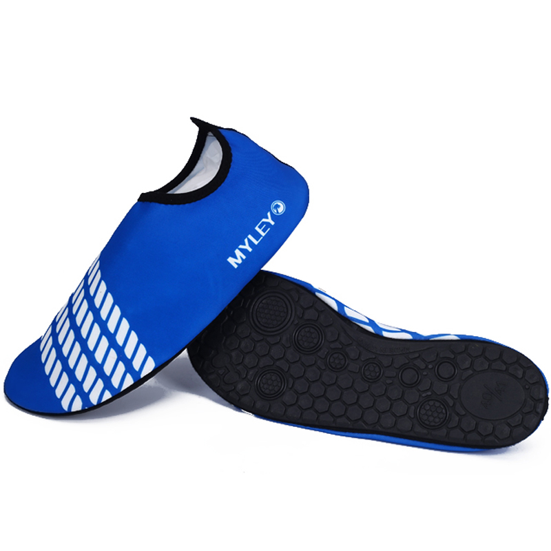 MYLEY Foldable Slip Female Surf Aqua Beach Water Socks Shoes Sport Yoga Swim Diving Anti-slip Bottom Water Sport Shoes For Women цена 2017