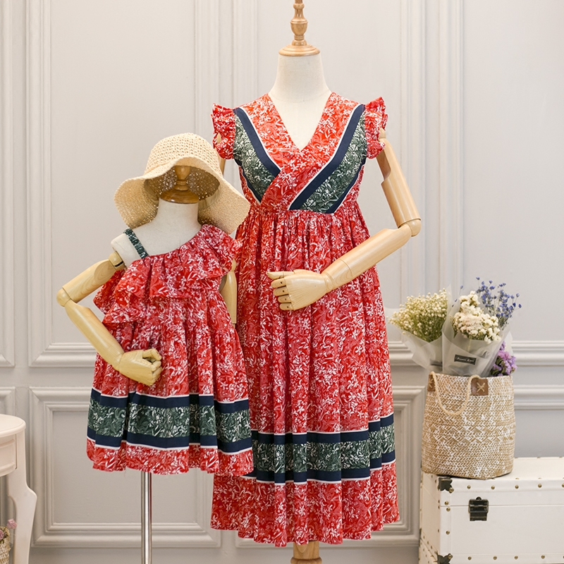 mother and daughter kids dresses family clothes mom baby princess eye-catching long red flowers chiffon Woman Female dresses все цены