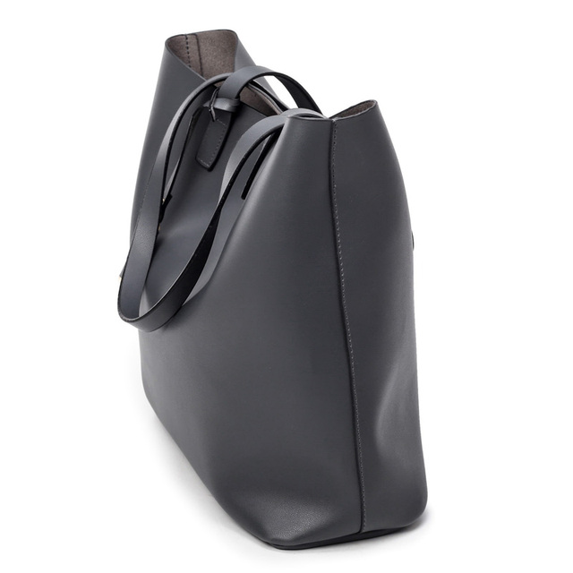 Tassel Bucket Bag