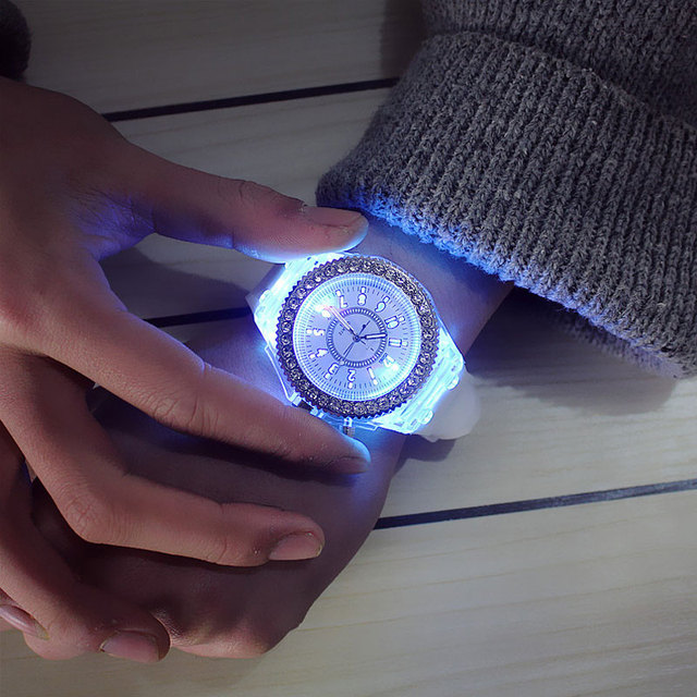 Led Flash Luminous Watch Personality trends students lovers jellies woman men's watches 7 color light