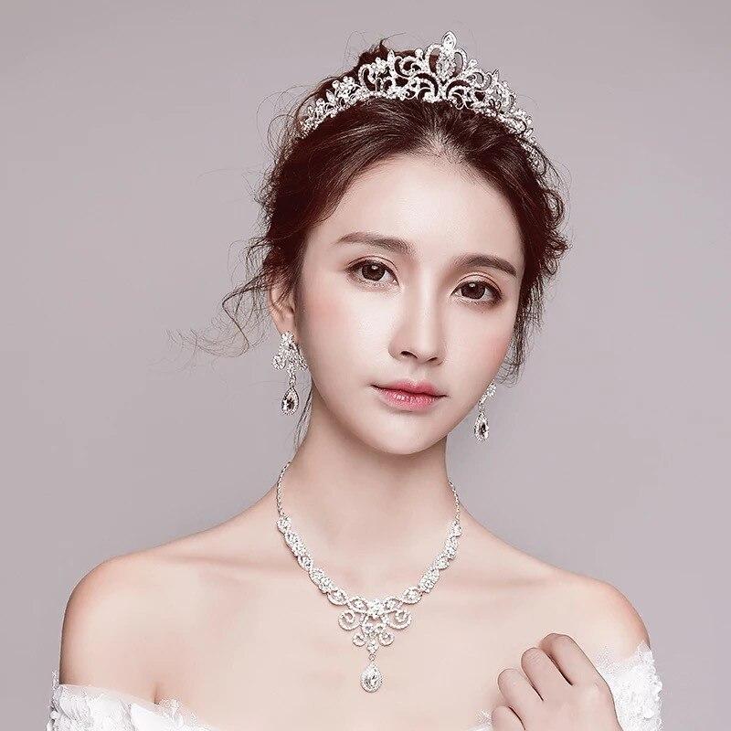 2018 ensembles de bijoux de mariage nouvelle chapellerie de mariée accessoires coréens accessoires de mariage collier boucles d'oreilles couronne trois pièces