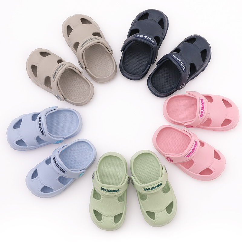 d7563156dd5d99 2018 Summer Baby Flats EVA Shoes Beach Sandals Infant Toddler Beach Shoes  Head Waterproof Girls Holes Shoes Croc Rain Shoes-in Sandals from Mother    Kids on ...