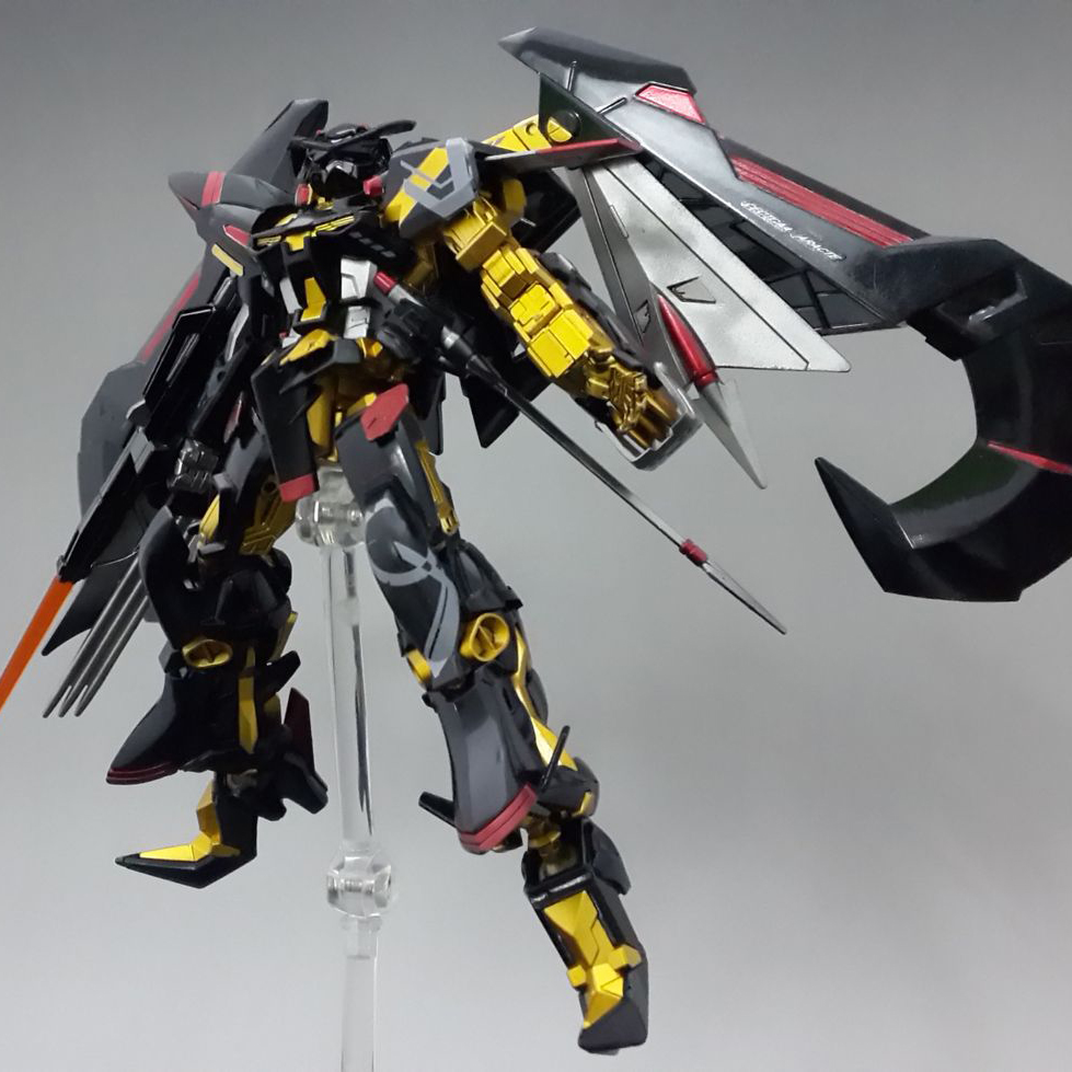 Japan Mobile suit Seed 1/144 Gundam Astray Gold Frame Amatsu Customizable model kids assembled Robot Anime action figure toys 2