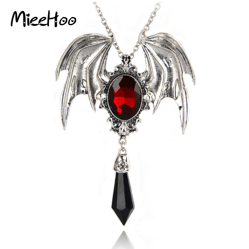 Mieehoo Hot Sale New Arrival Gothic Halloween Necklace Red Crystal Vampire Vintage Bat Pendant For Men And Women Drop Shipping