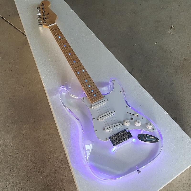 Boutique sur mesure, guitare électrique Strat à lumière LED de corps en acrylique, fretboard en érable, micros à bobines simples standard 3 *, image réelle! avoir une vidéo
