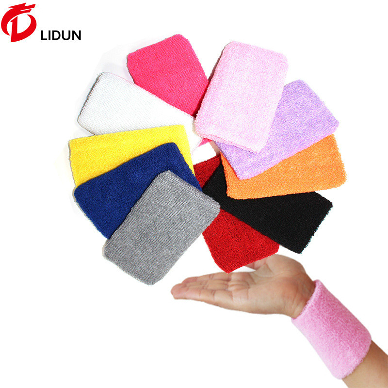 Football Sweat Towels: Bracers Factory Direct Football Basketball Volleyball