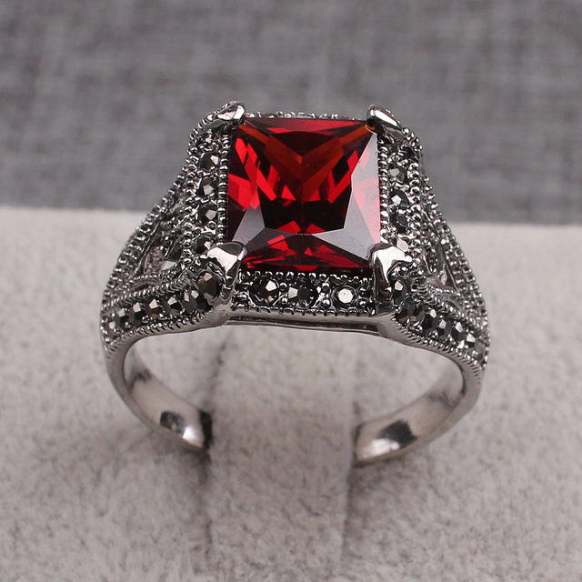 New High End Cool Jewelry Fashion Trends Rings Black Rhinestones Red