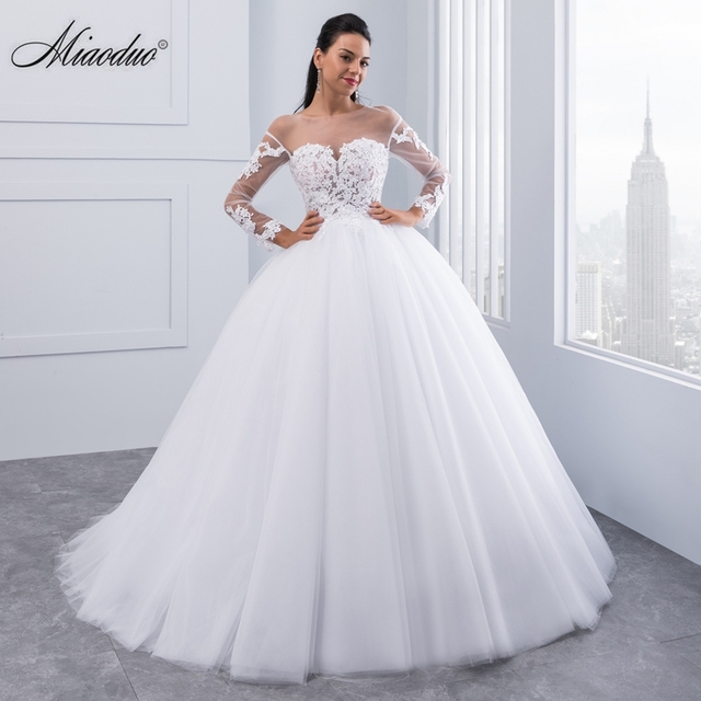 Miaoduo New Arrival Vestido De Noiva Appliques Long Sleeve Lace Wedding Dresses Backless Sexy Bride