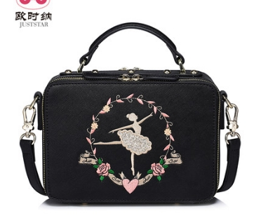 цена на Princess sweet lolita bag Summer Korean version of handbag satchel handbag shoulder bag box small square Bag women 171013