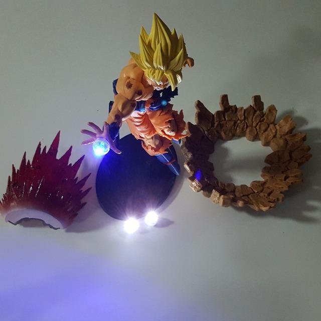 Super Saiyan Goku Dragon Ball Z Figures Kamehameha Power Up Led Light Up  (15 CM)