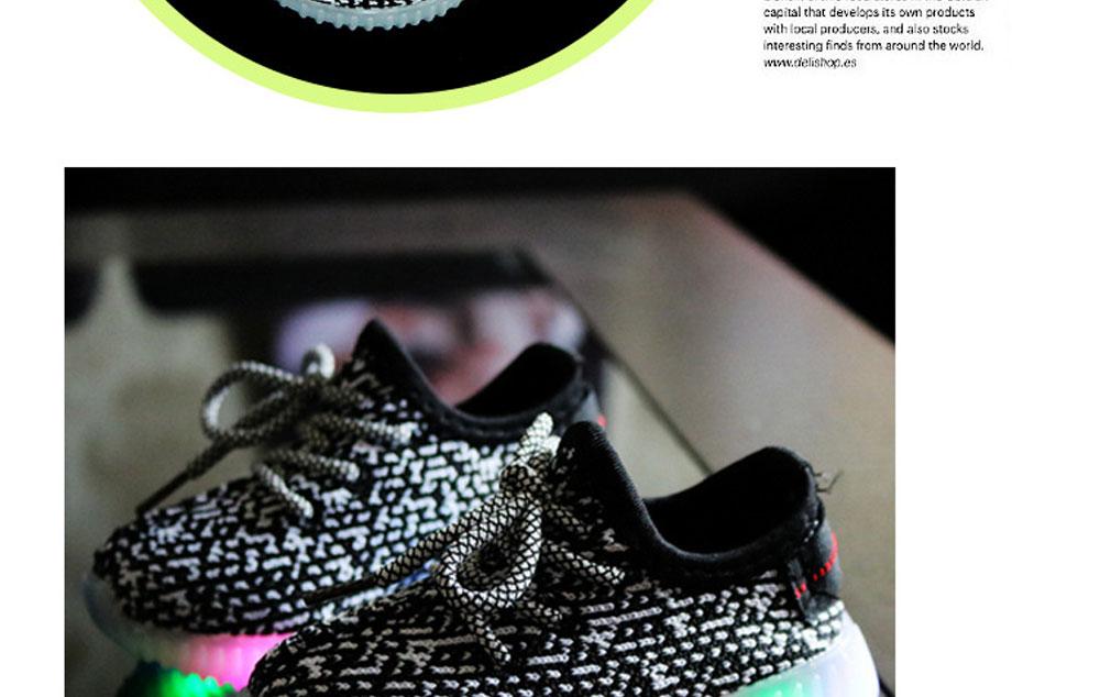 children-sport-shoes--1_01_11