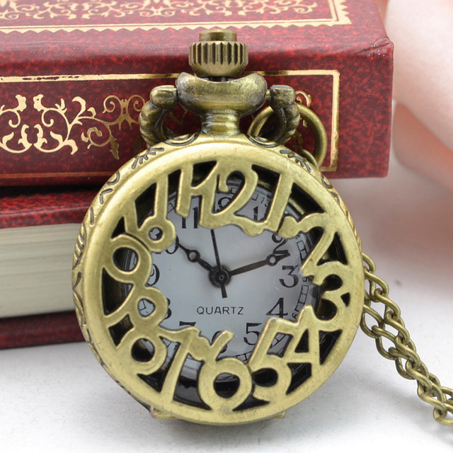 #5003Vintage Steampunk Retro Bronze Design Pocket Watch Quartz Pendant Necklace