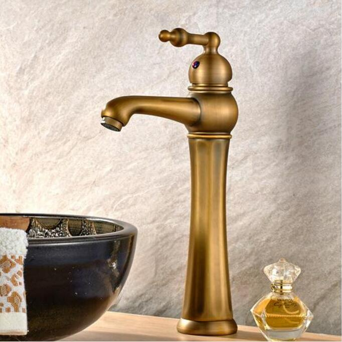 New Water Tap European Style antique brass bathroom faucet hot and cold luxury wash basin faucet Single Handle sink faucet tap single handle bathroom faucet basin carving tap swivel sink water tap antique brass hot and cold kitchen mixer faucet with hose