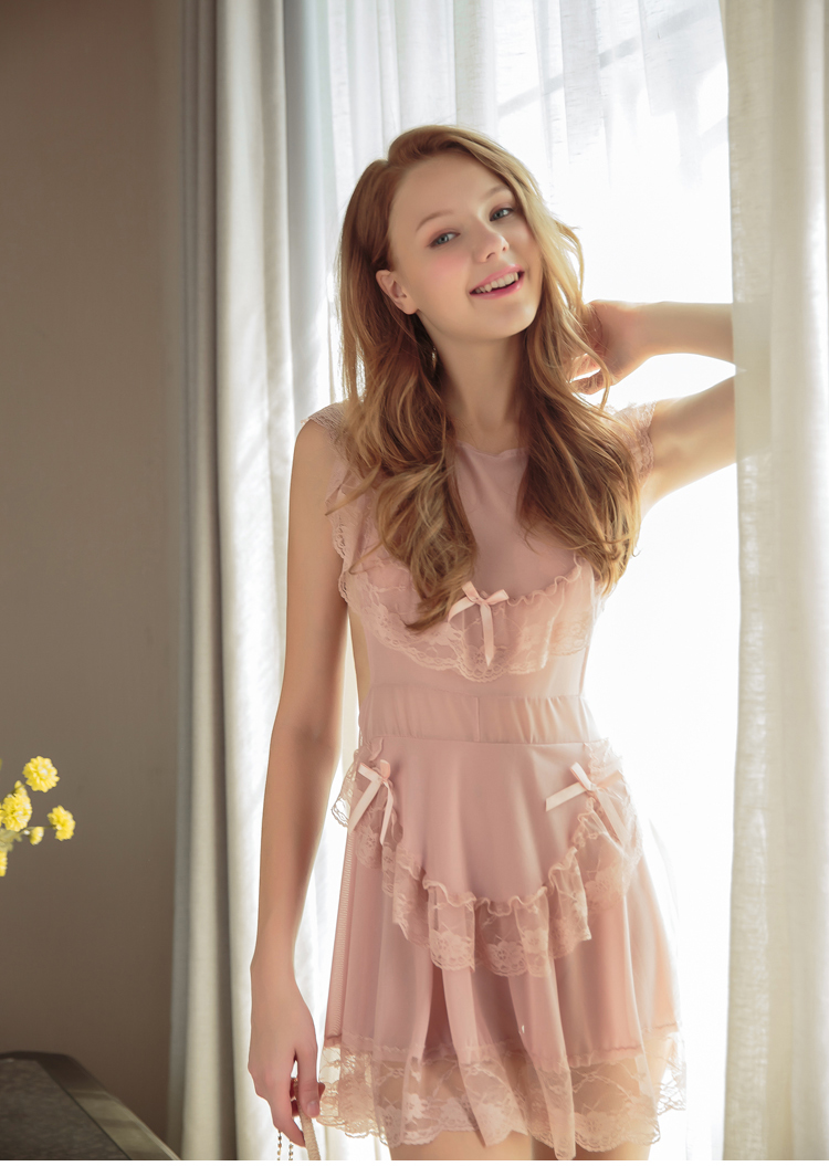 2018 New Hot Cute maid tie sexy lingerie temptation lace skirt Pink pajamas backless sexy nightdress