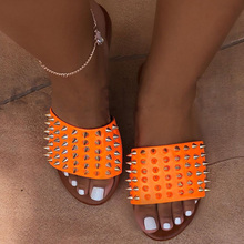 купить Soft Beach Shoes Summer Female Footwear Women Rivet Slippers Flat Casual Ladies Slides Open Toe Outside Metal Decoration по цене 743.78 рублей
