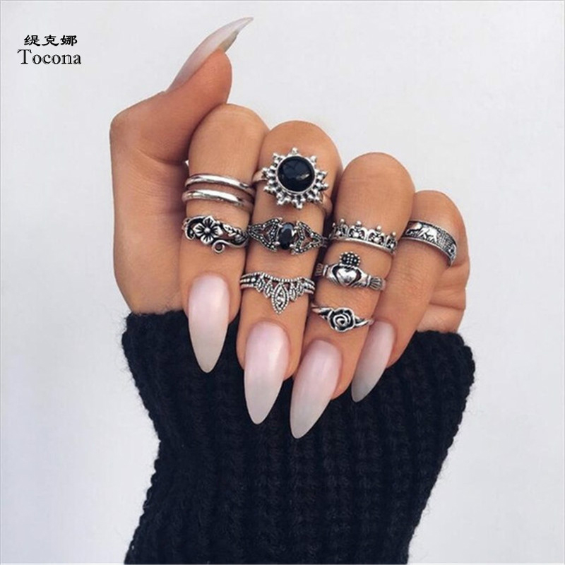 Tocona 10pcs/Set Bohemia Antique Silver Elephant Flower Rose Heart Crown Carved Rings Set Knuckle Rings For Women Jewelry 4985