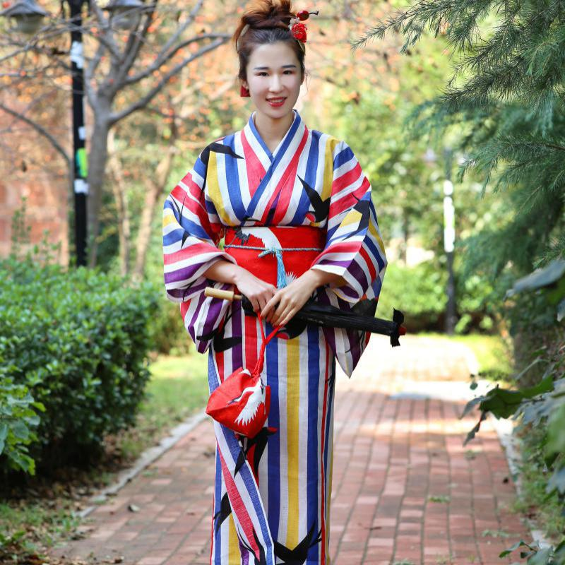 Novelty Striped Women Robe Gown Traditional Japanese Kimono Yukata Elegant Stage Show Clothes 9PCS Set Cosplay Costume Set