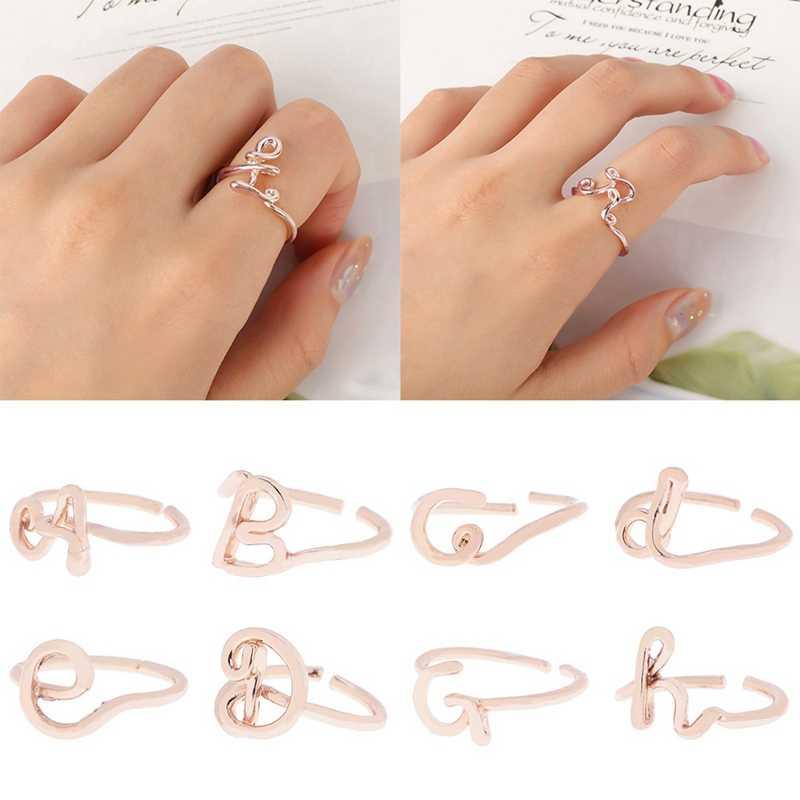 Rose Gold สี A-Z 26 ตัวอักษรเริ่มต้นชื่อแหวนผู้หญิงผู้ชายทางเรขาคณิตแหวน Statement เครื่องประดับมิตรภาพ