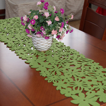 Fashion simple table mat Felt flowers coffee decoration red and green strips teasideend