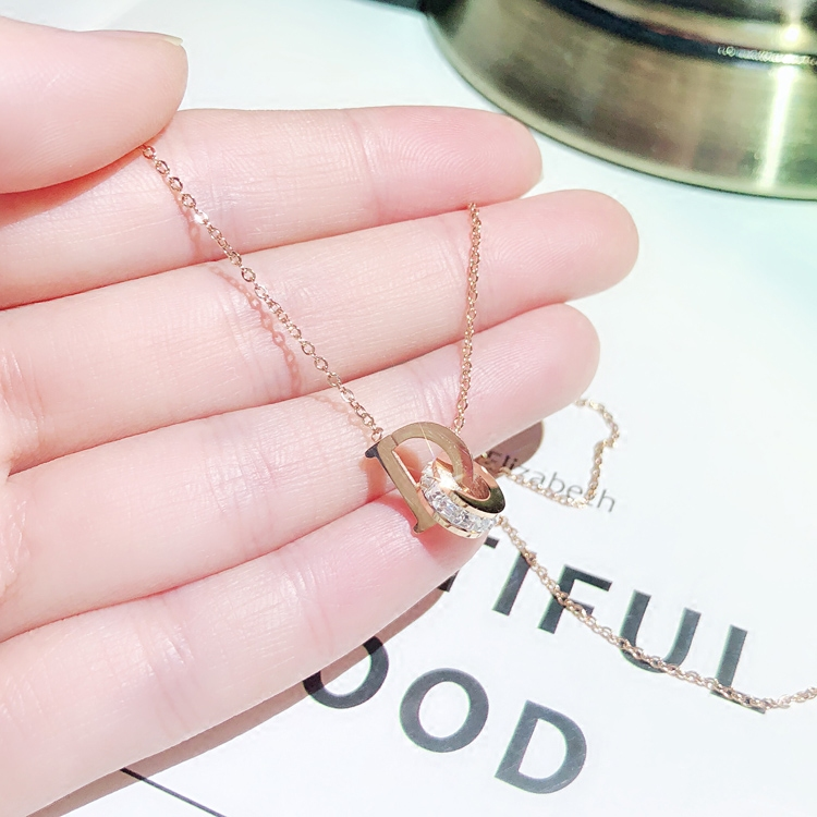 YUN RUO 2018 Rose Gold Color AAA Zircon D Letter Pendant Necklace Fashion Titanium Steel Woman Jewelry Prevent Fade Allergic in Pendant Necklaces from Jewelry Accessories