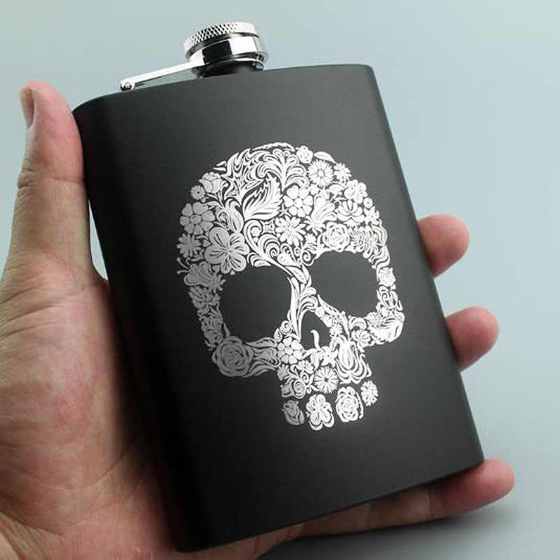 Tengkorak Dan Serigala Pola Hip Flask Stainless Steel 8 oz Hip Flask Whiskey Vodka Kapasitas 225 ML Wine Flask Flagon Flagon