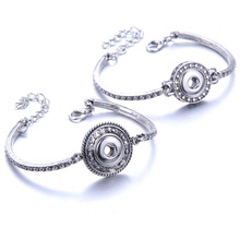 New Snap Jewelry 12mm Metal Snap Button Bracelet Lobster Buckle Cuff Bracelet Bangles Fit 12mm Snaps Jewelry 0985