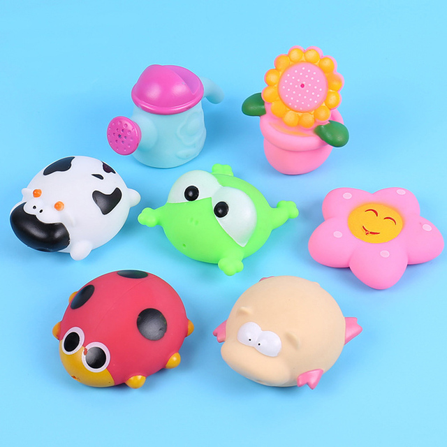 7pcs/lot Float Water Swimming Child's Play Mouth Mini Frog Sunflower Flowers Kettle Pig Educational for Children Baby Bath Toys