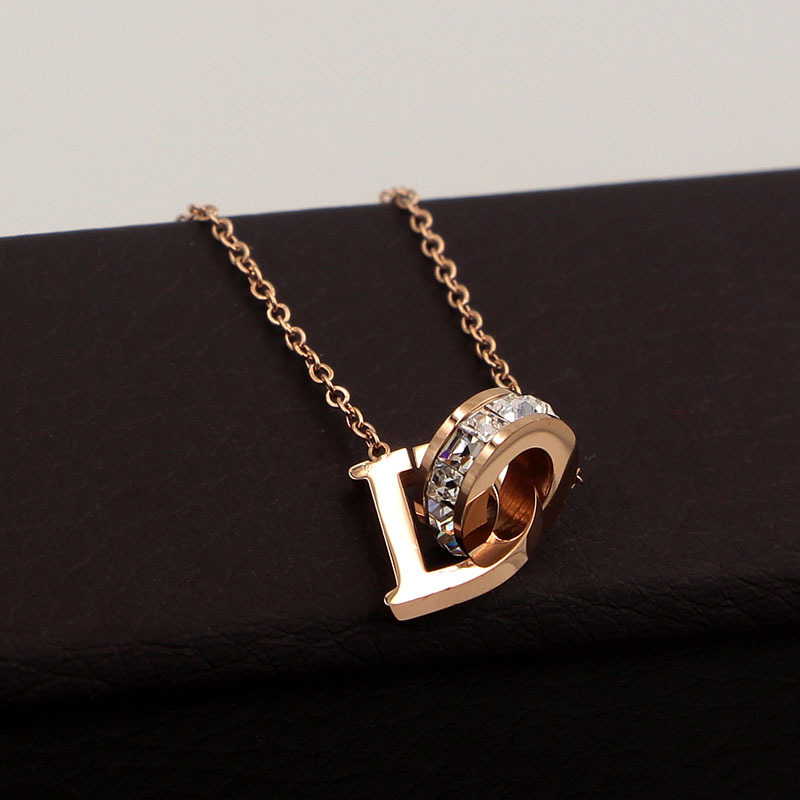 New D Letter And Crystal Annulus Interlocking Rose Gold Pendant Necklace 316 Stainless Steel High Polished Necklace For Women 8