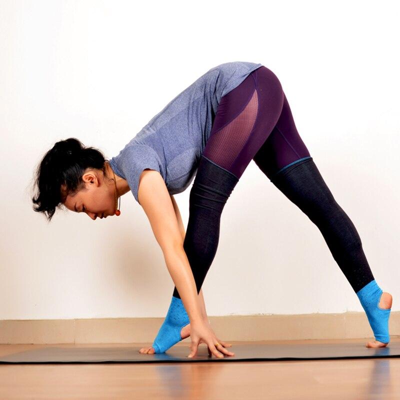 4ea750cbb88d Lady Knee High Yoga Socks Sport Stockings Fitness Socks Workout socks Women  stirrup Compression Toeless Socks Leg warmers-in Yoga Socks from Sports ...