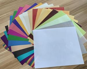 Envío Gratis 25 hojas 25cm x 30cm metálico Transferencia de Calor vinilo plata Arco Iris metálico hierro en la película HTV camiseta