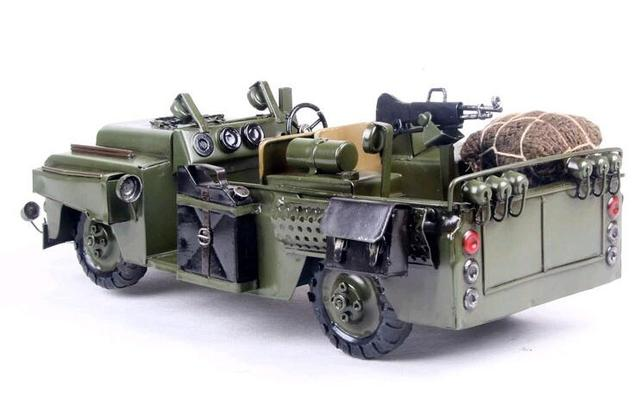 1pcs 15inch hand made meta Army Jeep with gun model figure for collection
