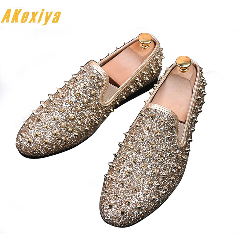 Men Brand Designer Shoes Glittering sequins Studded Rivet Spike Loafer shoe  For Male dress wedding shoes Sapato Social Masculino-in Formal Shoes from  Shoes ... 5d60e7471035