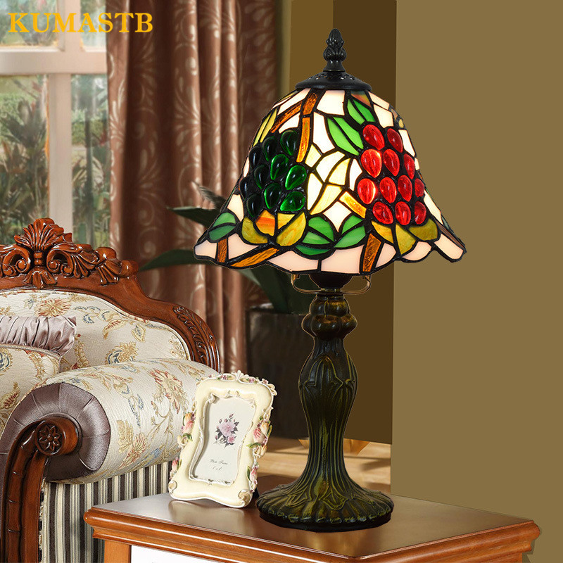 8 Inch Stained Glass Grape Table Light Creative Tiffany Desk Lamp Red Beads Small Table Lamp for Study
