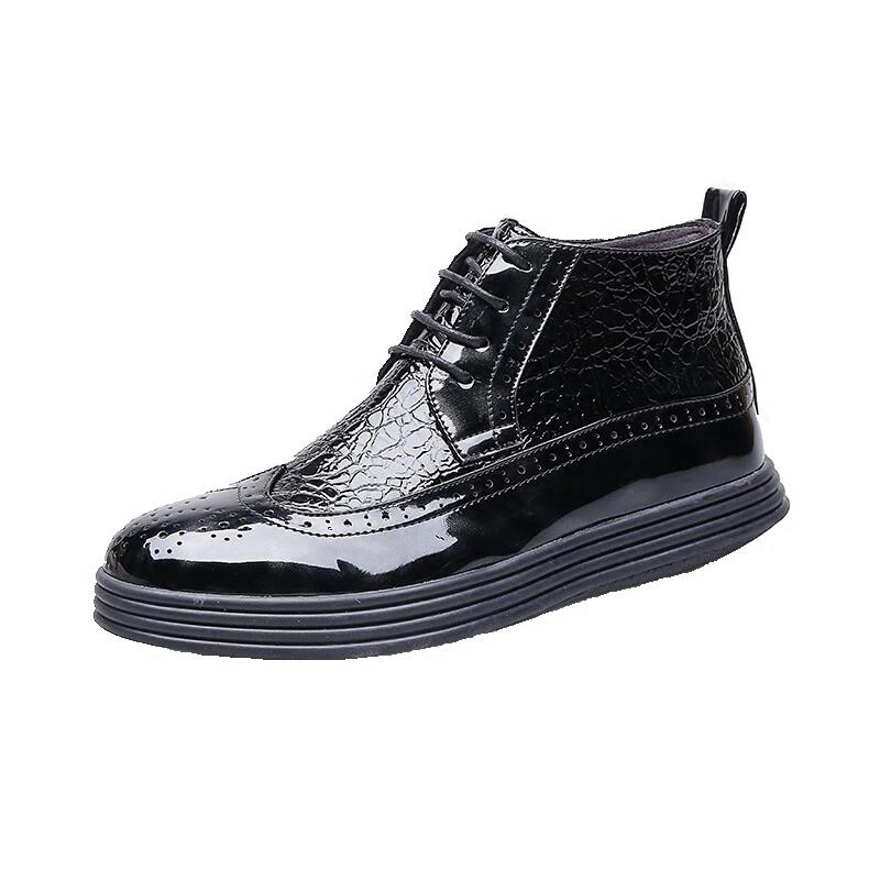 italian brand design men fashion party nightclub dress bright patent leather bullock shoes platform carved brogue oxfords shoeitalian brand design men fashion party nightclub dress bright patent leather bullock shoes platform carved brogue oxfords shoe