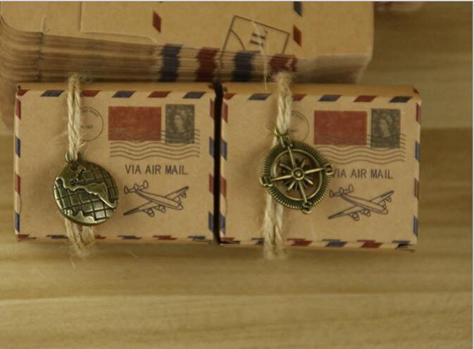 200pcs Vintage Favors Kraft Paper Candy Box Travel Theme Airplane Air Mail Gift Packaging Box Wedding Favours