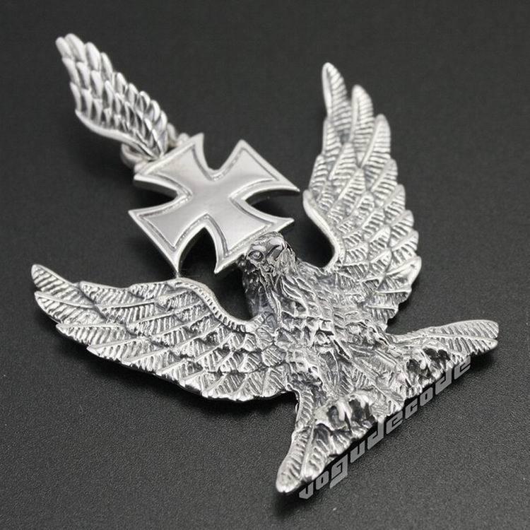 Solid 925 Sterling Silver Eagle Croce Mens Biker Ciondolo 8C023 (Collana 24 pollici)Solid 925 Sterling Silver Eagle Croce Mens Biker Ciondolo 8C023 (Collana 24 pollici)