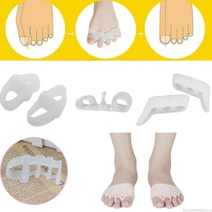 Dropship 2Pcs 5 Type Silicone Protector Toe Separator Corrector Bunion Thumb Valgus Protector Preventing Nail Foot Care Tools