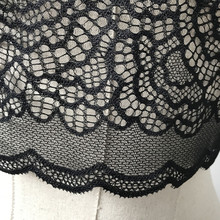 2017 Hot Women Sexy Translucent Underwear Lingerie Bra Crop Top Bralette Brassiere Lady Lace Hollow Lace Triangle Bra Top Camis