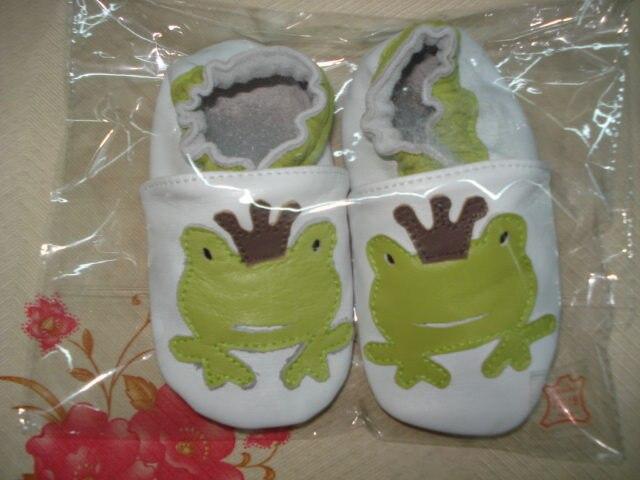 Гарантированная детская обувь из натуральной кожи на мягкой подошве; 1013; обувь для маленьких девочек; обувь для новорожденных; кожаная обувь для младенцев - Цвет: frog
