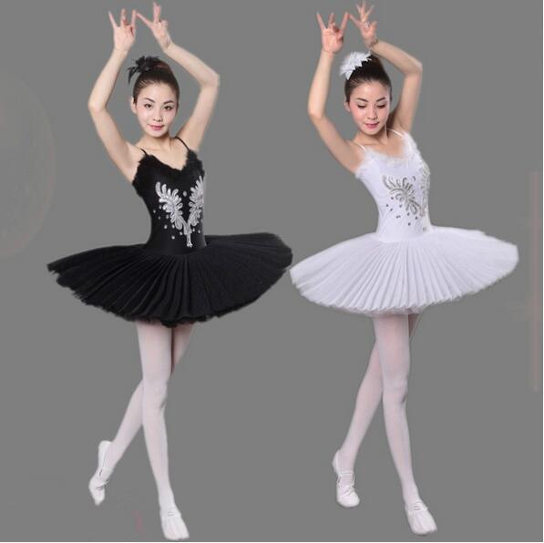 Noir Blanc Ballet Vêtements Filles Ballet Professionnel Tutu vêtements  Femmes Adulte Ballet Robe Ballerine De 30fbbc63a80