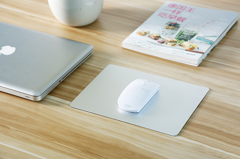 large-size-Aluminum-alloy-hard-mouse-pad-silver